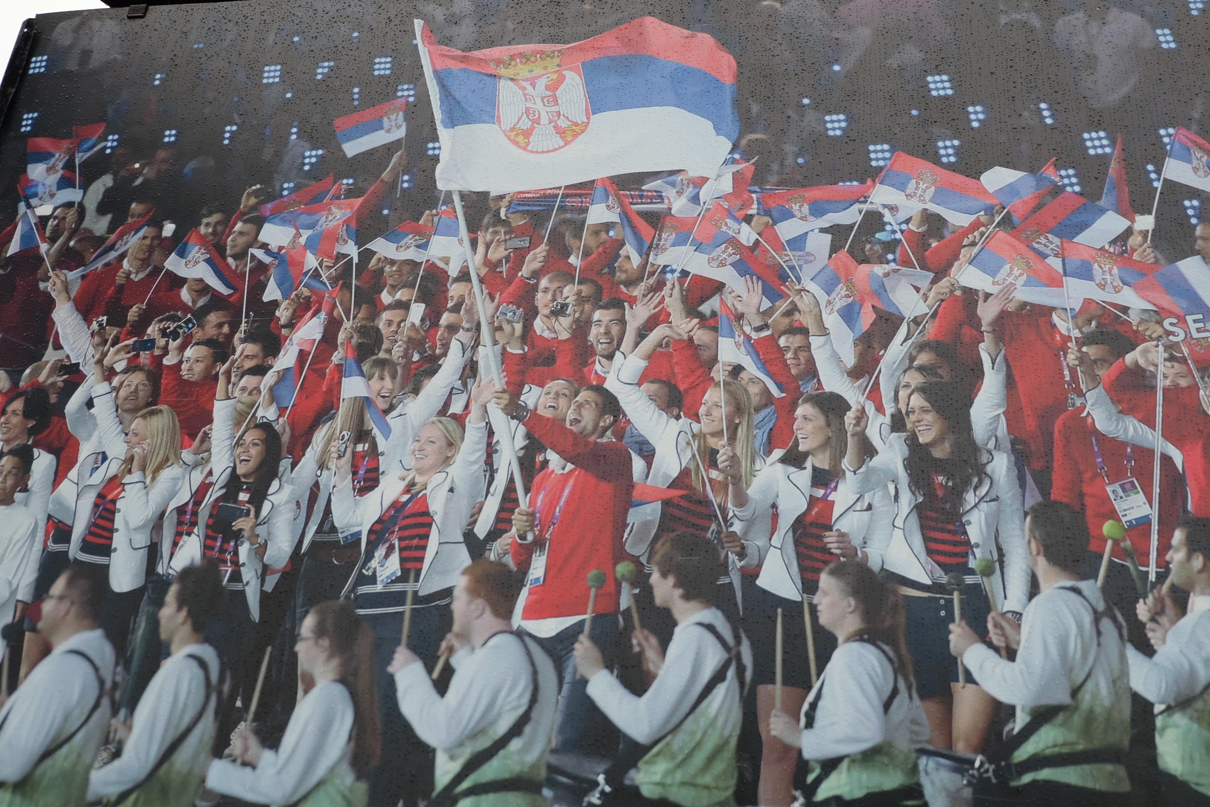 塞尔维亚的吉祥三宝:美女、帅哥、Kafana!