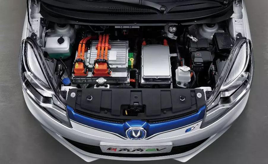 想买电动车?你必须要知道这四个要素才能刷卡