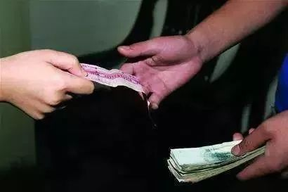 荷花池:最早一批小商贩早就是千万富翁了!