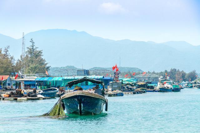 三亚可以游玩的景区众多,你可知道还有最后一处渔村马上要消失