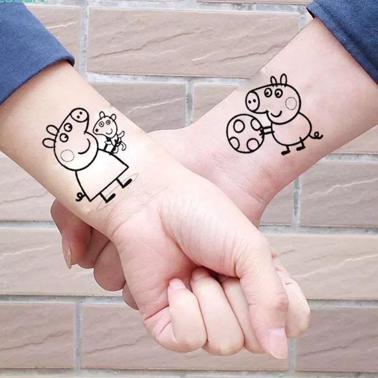 恭喜小猪佩奇成为新晋一线网红, 想做社会人如果又不敢纹身, 还有彩色