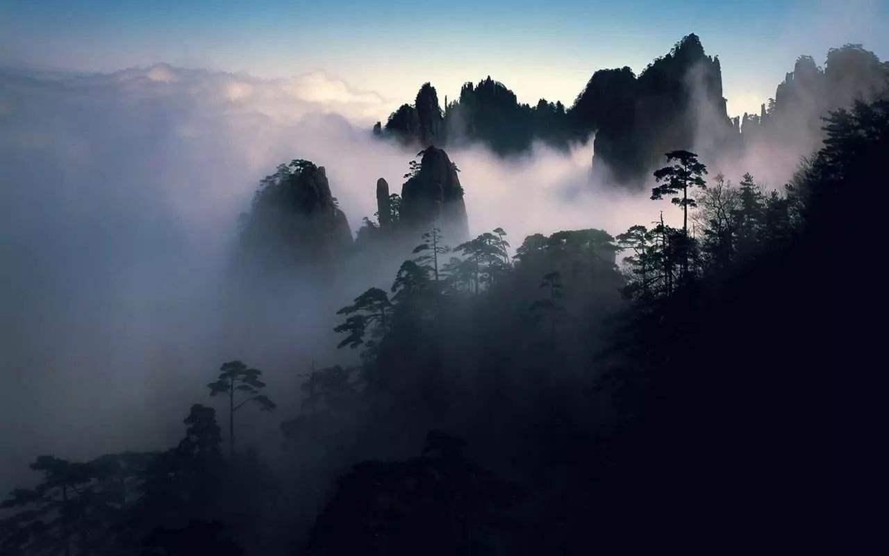 唐诗三百首:写完这首诗以后,40岁的王维决定归隐山林,终成诗佛