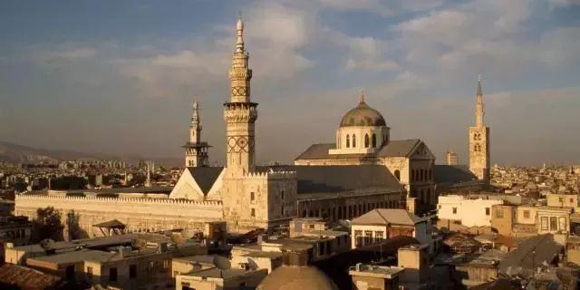 """叙利亚:曾经的""""地上的天堂"""" ,却刚挨了欧美上百发导弹"""