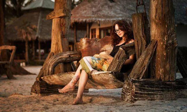 爱读书的女人,人生一定会开挂