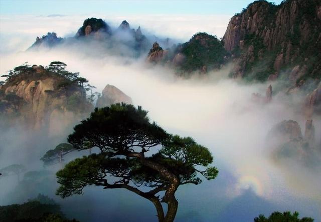 """海拔1819.9的山被称为""""道教仙都"""",已有1600多年历史"""