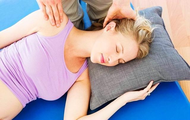 孕期还在执着于左侧睡?别傻了,这才是孕期正确的睡姿