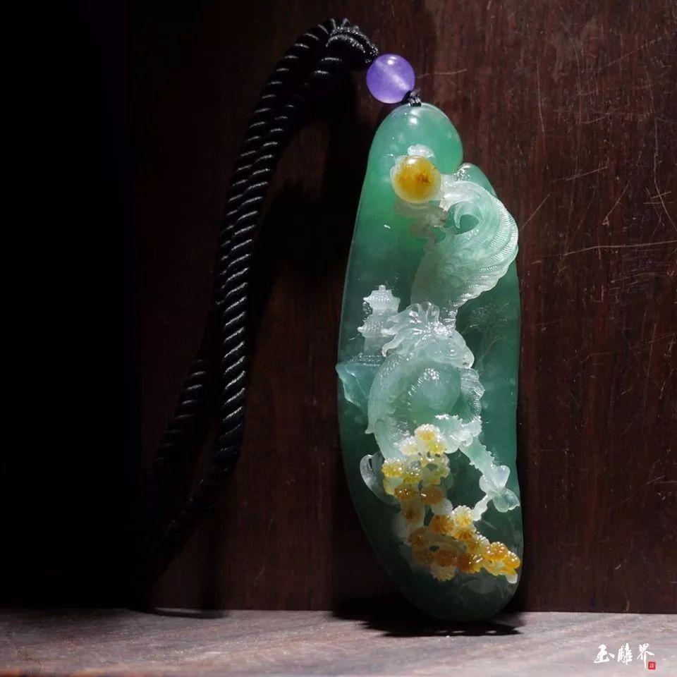 巧妙的设计加上精致的雕琢, 成就玉石与玉雕师思想的完美碰撞, 呈现图片