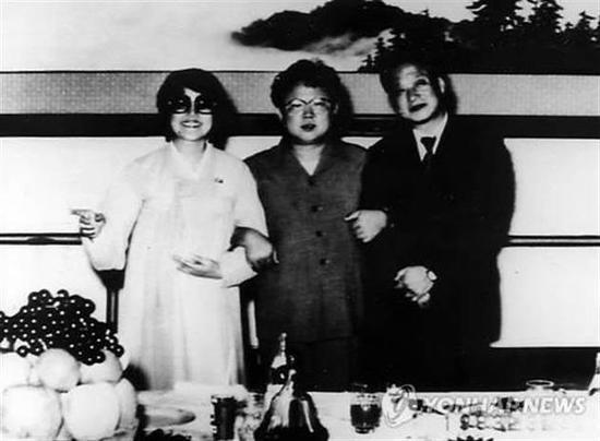 韩影后崔银姬离世享年91岁 曾被绑架至朝鲜拍摄个人电影