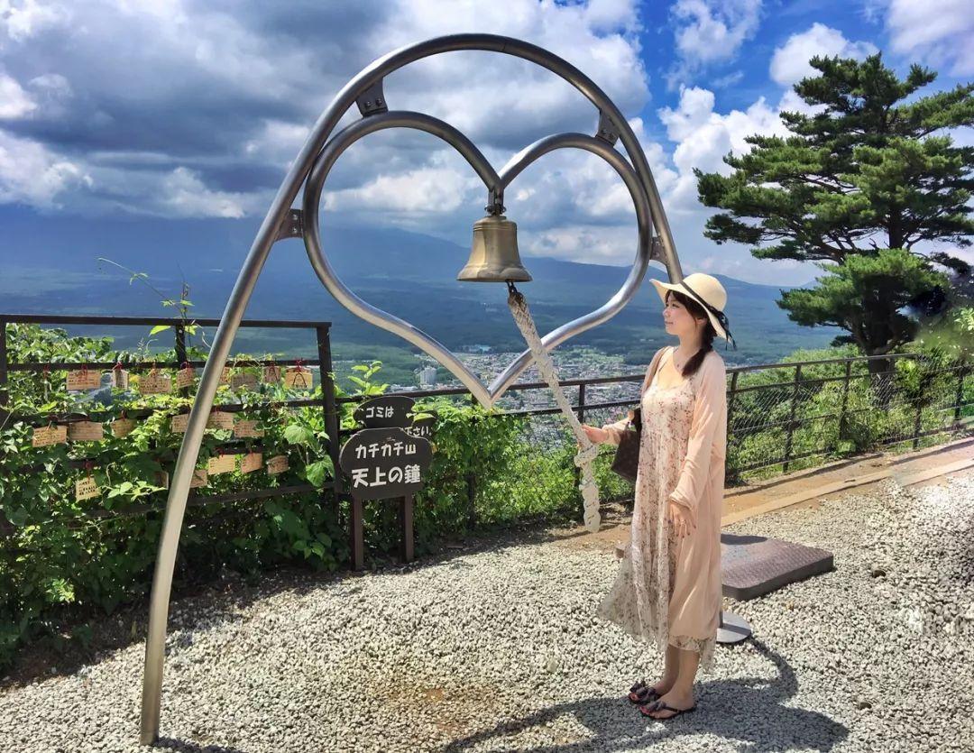 河口湖自由行攻略:富士山脚蓝色湖畔的经典一日游景点~