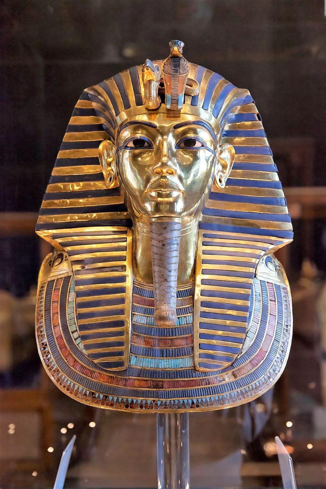 埃及国家博物馆的镇馆之宝 法老图坦卡蒙的黄金面罩