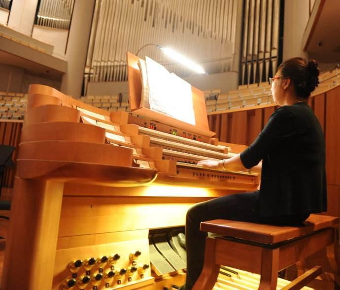 100年前自动演奏的管风琴,太神奇了!图片