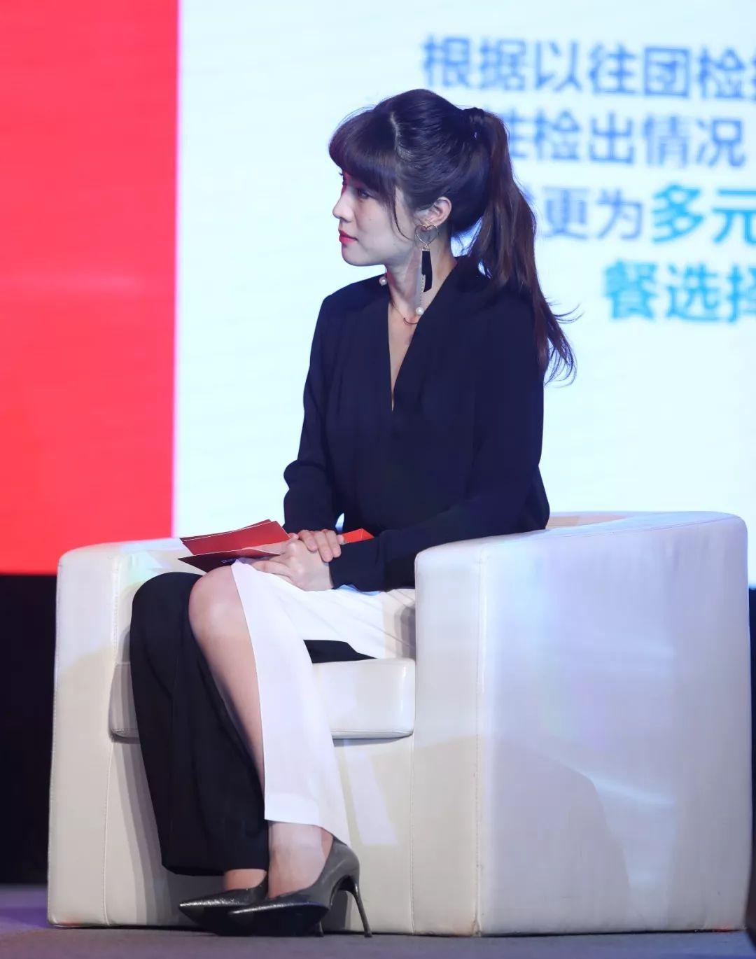 北京卫视《养生堂》,《我是大医生》栏目主持人悦悦主持活动图片