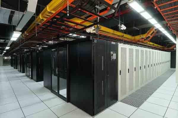 建设数据中心机房主要看这几点,否则被定为劣质机房!!!-IDC帮帮忙