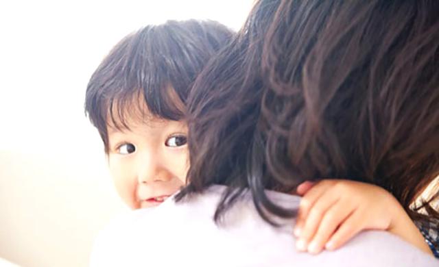 听安全教育有感_孩子总是粘着妈妈, 不是离不开妈妈, 而是你让孩子没有安全感