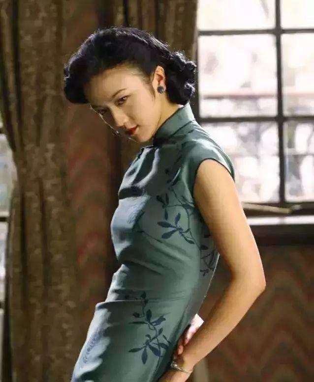 章子怡、汤唯的旗袍,竟都出自他!这才是惊艳时光的中国美