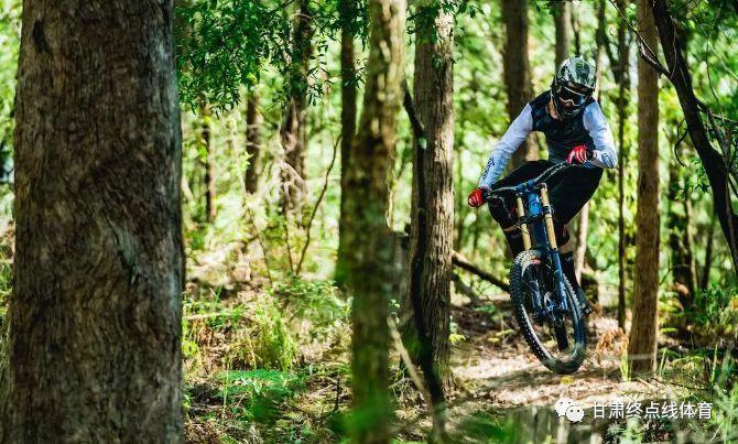 自行车运动减肥瘦身优势! 低碳健康减肥!