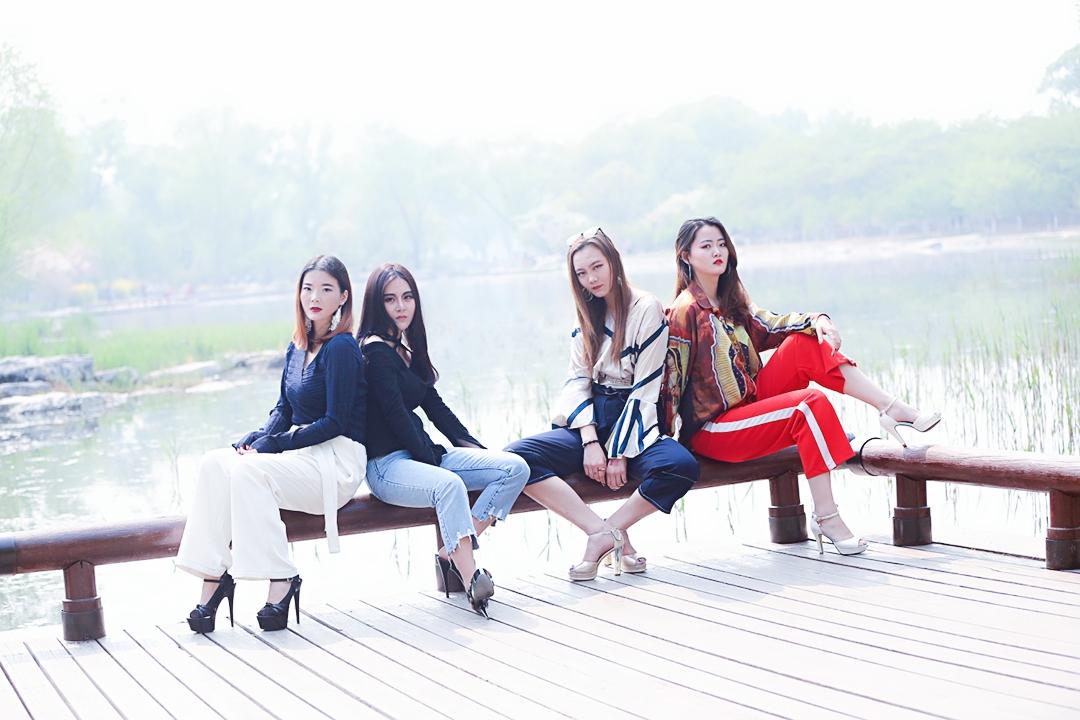 谷雨:北京新时代模特学校镜前表现外拍课堂走进玉渊潭