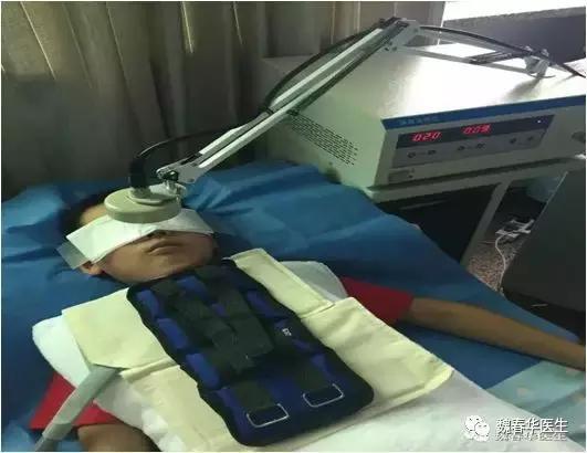 微波治疗鼻炎的原理_而传统的激光或者微波治疗鼻炎均采用超过150度的高温,对组织损伤较大,病人的痛苦较明显.