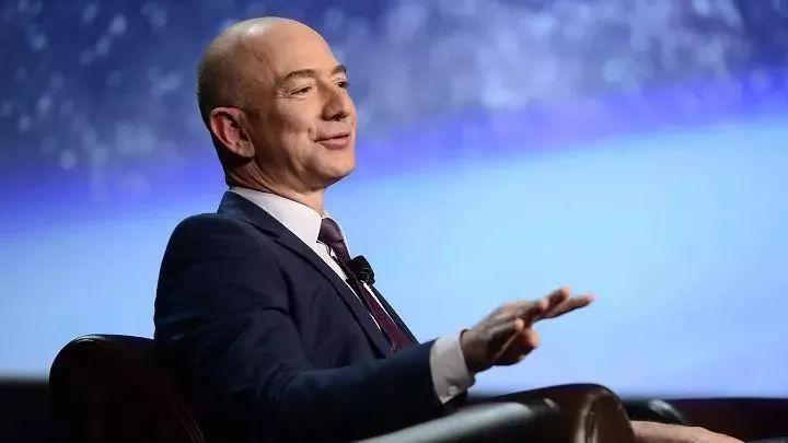 亚马逊 CEO 致股东信 2018 (中英文全文)