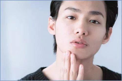 时尚 正文  水原希子的男友野村周平则被认为就像是一般喜爱街头潮流