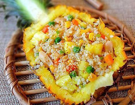 菠萝去皮教您一招,1分钟不到,瞬间变成菠萝块!