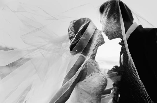 拍婚纱照选择影楼还是工作室?6