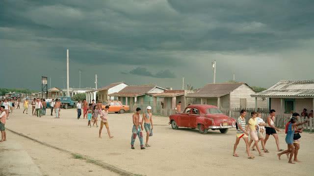 没有像俄罗斯那样混乱,上世纪90年代的古巴很令世人惊讶