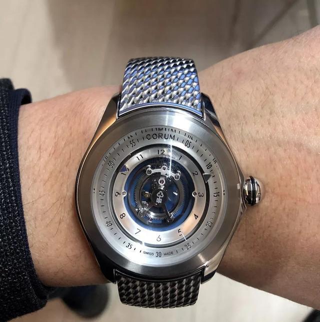 看陀飞轮腕表的初级工艺制作技术