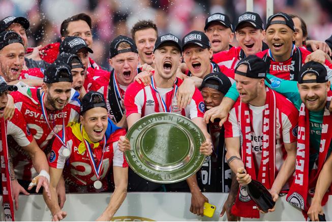 [WELLBET]加冕!恭喜荷甲埃因霍温PSV提前三轮夺冠