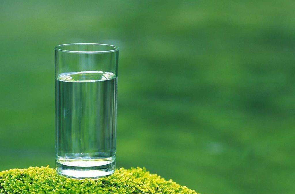 白开水、纯净水、矿泉水哪个最适合做长期饮用水?
