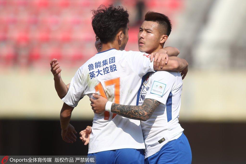 k1联赛 高清:鲁能足协杯6-0延边北国 成源戴帽拥抱队友