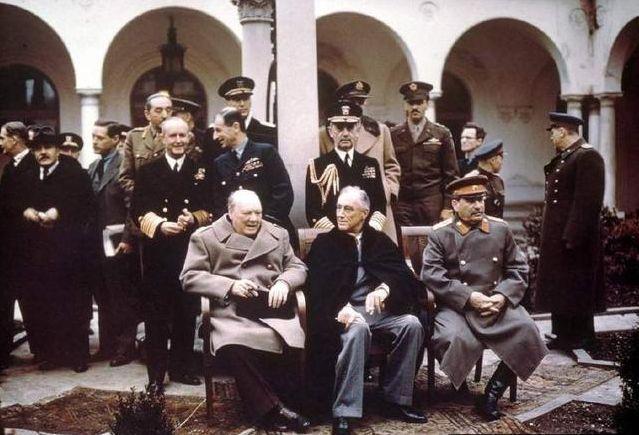 斯大林逼迫蒋经国承认外蒙独立