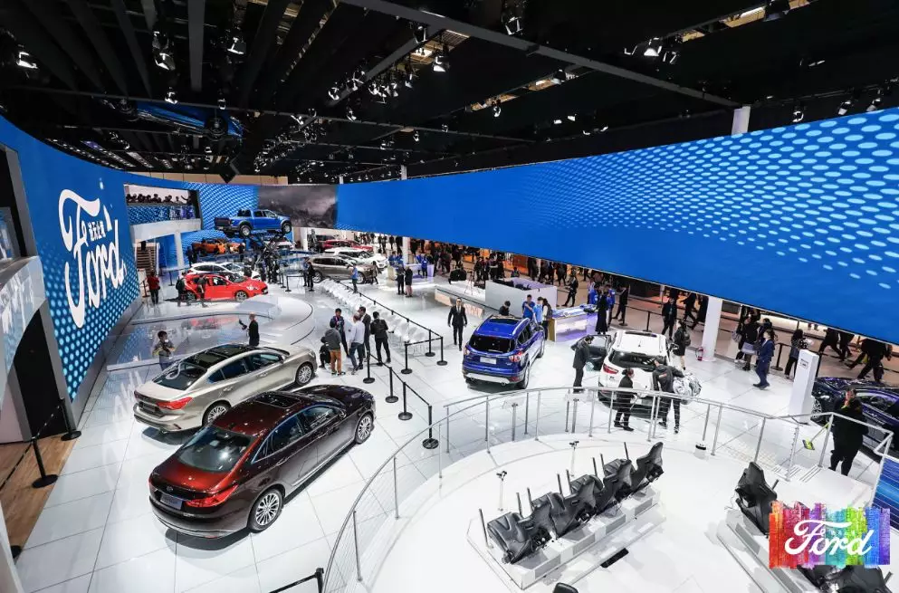 福特福克斯两厢st_来势汹汹,福特品牌车型大规模亮相北京车展