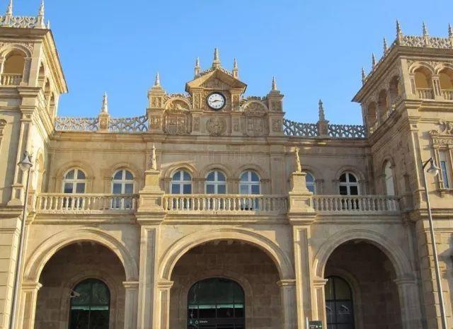 在西班牙艳遇十大最美火车站