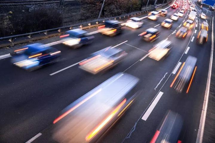 在交通监控中,人工智能到底在做些什么?
