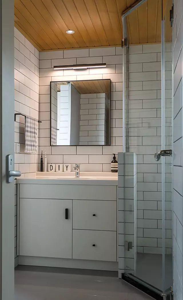 除了铝扣板,卫生间吊顶还能怎么做?