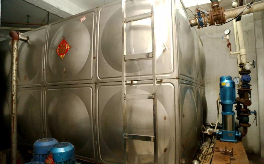 科技 正文  新盟福园 新盟福园采用的是隔膜气压罐增压器,该设备通过图片