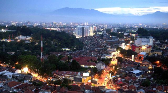 印尼最美城市,居然能和巴黎媲美