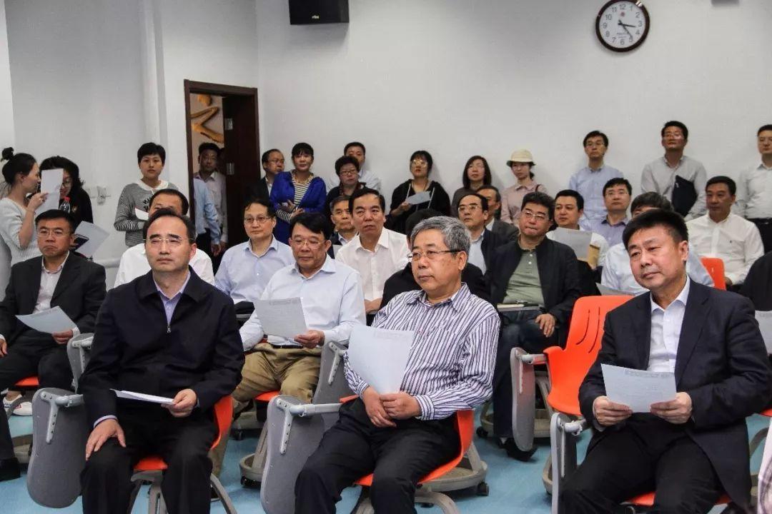 教育部党组书记、部长陈宝生一行视察法大