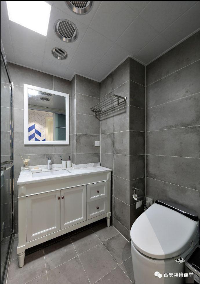 卫生间灰色瓷砖搭配白色浴柜