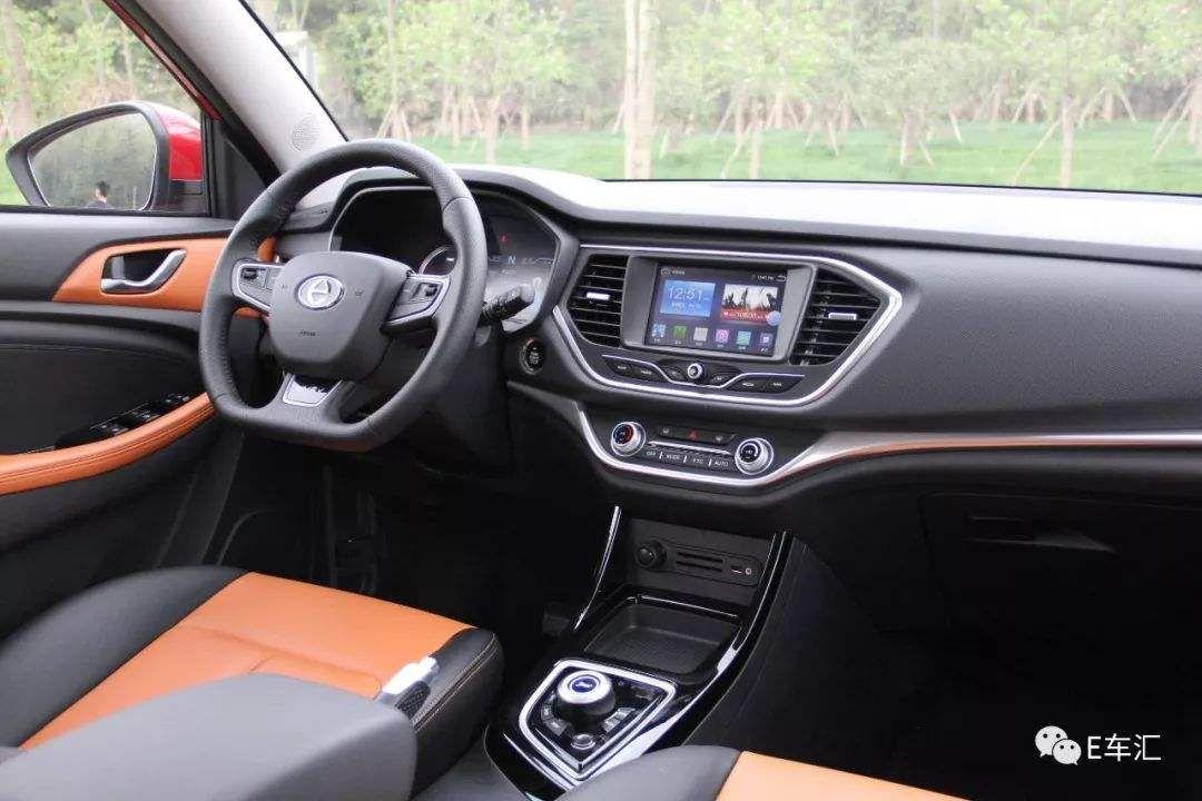纯电动SUV新选择,江铃新能源E400上市补贴后售价8.98万起