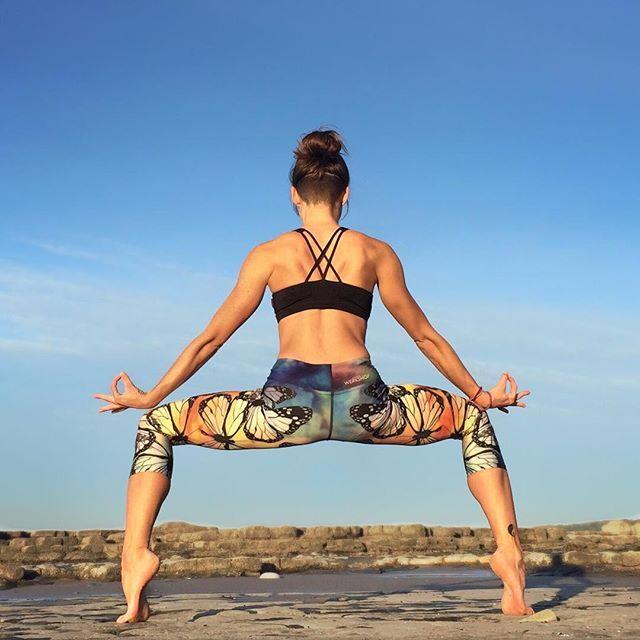 瑜伽体式千变万化,也让女人有了无限想象图片