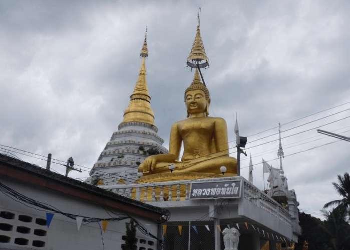 为什么越来越多的游客去泰国旅游而不去三亚旅游呢?