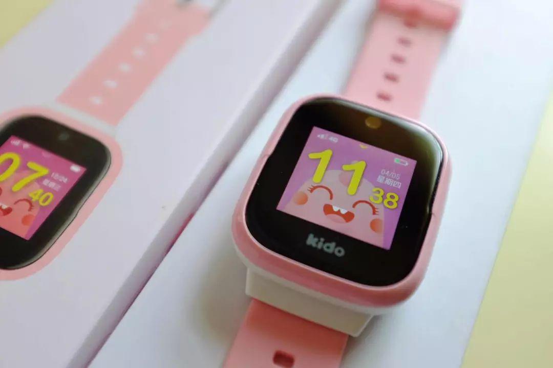 """手表届的""""苹果"""",kido f1儿童电话手表"""