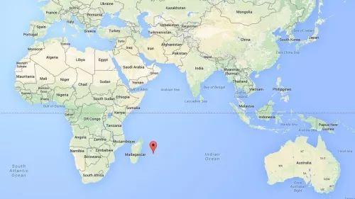 王义桅:这个小岛的名字,让我想起了天安门城楼标语