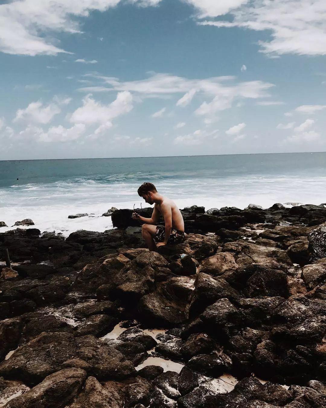 型男拍照技巧-与大海合拍