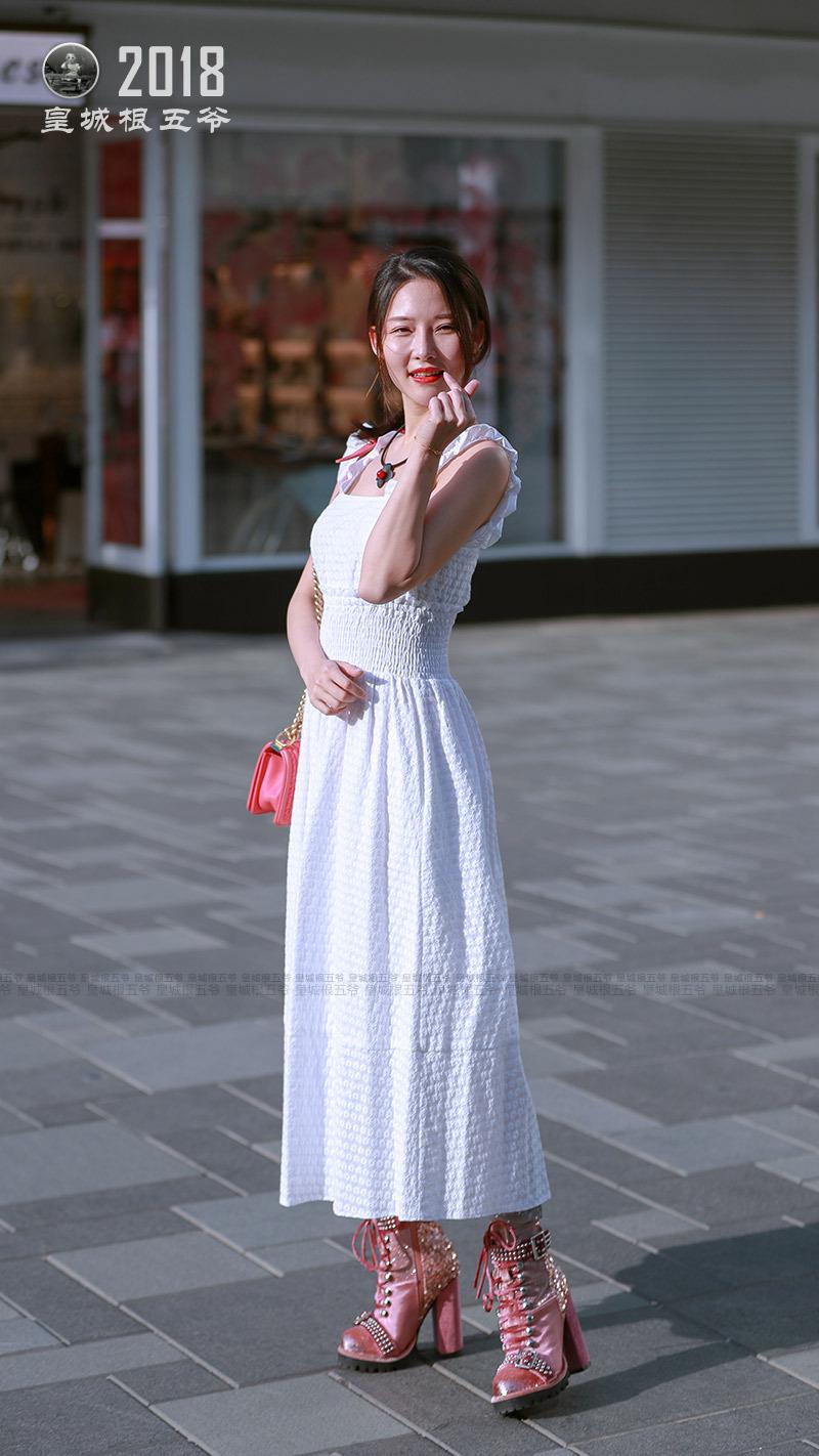 普通家庭妇女照_街拍:时髦美女与普通女人的区别