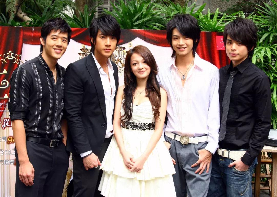 娱乐 正文  三个字曾之乔;阮经天 - 绿光森林 电视剧原声带 首播2006图片