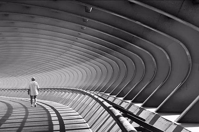 摄影技巧——5 大建筑摄影构图必杀技 | 学习 - 酷卖潮物~吧 - 酷卖潮物~吧