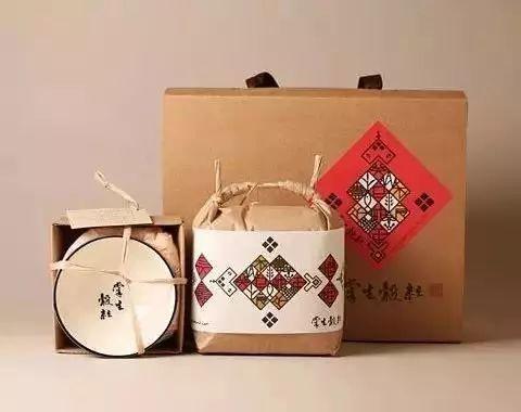 把大米卖到诚品书店,1公斤200元,成台湾文创典范!